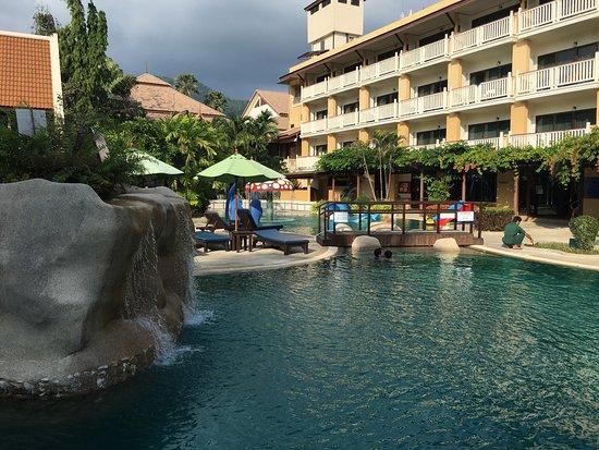 Thara Patong Beach Resort Spa