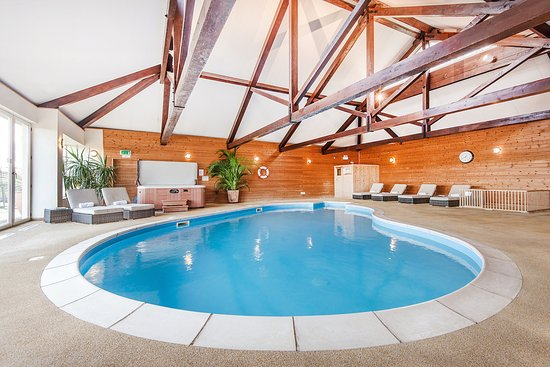 Boncath, UK: Amazing indoor heated family friendly pool
