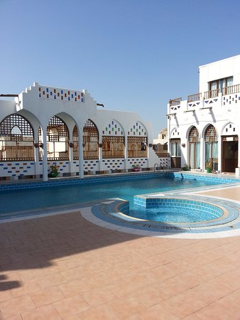 Ghani Palace Hotel : Piscine sur le toit