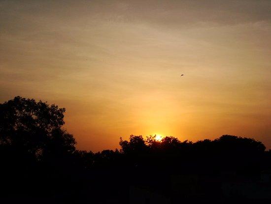 Thies Region, Senegal: Coucher de soleil sur Thiès