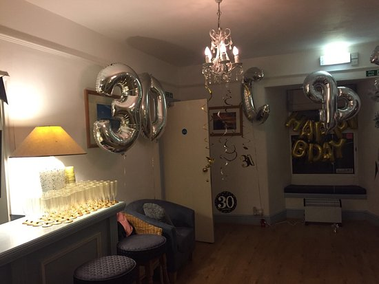 Malborough, UK: Recently stayed at the Lodge Hotel for New Years Eve / Birthday celebrations with 35 people