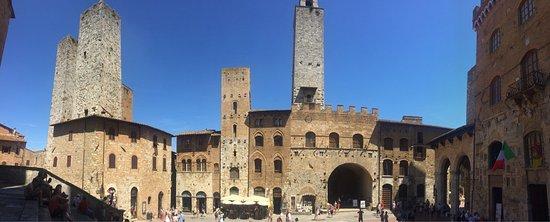 San Gimignano 1300: photo1.jpg