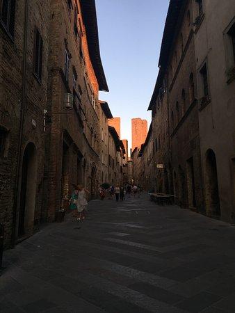 San Gimignano 1300: photo2.jpg