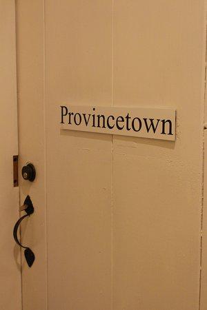 Yarmouth Port, MA: Entrée de la chambre