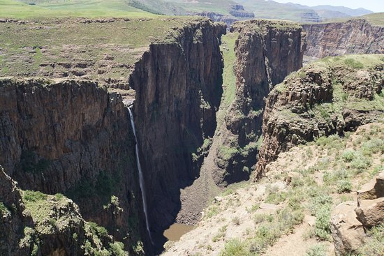 Semonkong, Lesoto: この方向からが迫力あります。