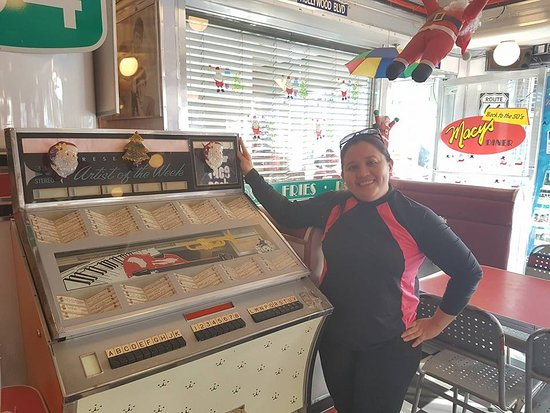 Macy's Diner Laoag: beside a Jukebox at Macy's