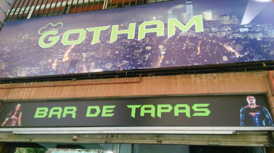 Sant Joan Despi, สเปน: Bar de tapas Gotham