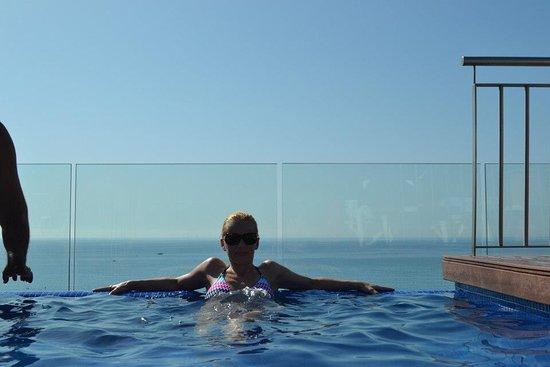 Hotel Catalonia: photo0.jpg