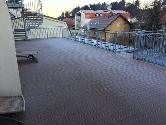 Hotel Schlosskrone: Balcony (Shared)
