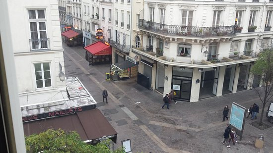 Hotel Agora: The view from our room on Rue Saint-Denis