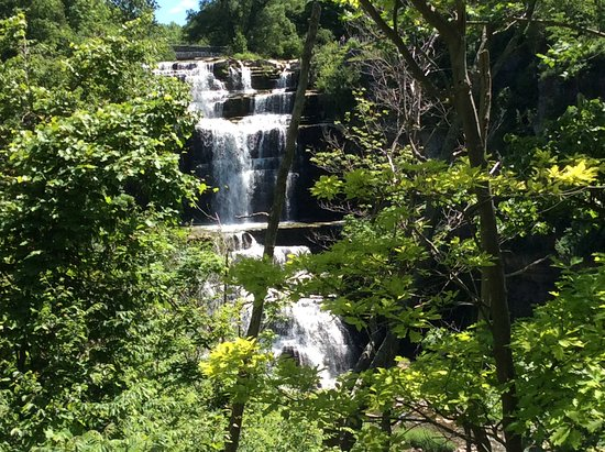 Cazenovia, NY: High view of the Chittenango Falls