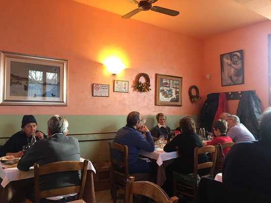 Trattoria La Bianchina : Sala gremita