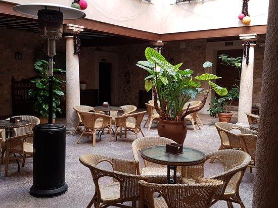 Hotel Hospederia Casona La Beltraneja