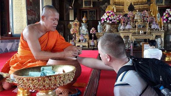 Bangkok Walking Adventures - Day Tours: monks blessings