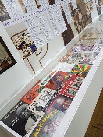Institute of Contemporary Arts: ICA Fox Reading Room