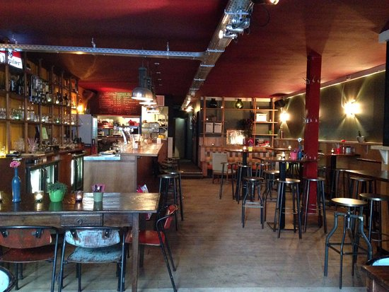 Photo of Restaurant Eetcafe & Poppodium Stathe at Rozenstraat 15, Utrecht 3511 BV, Netherlands