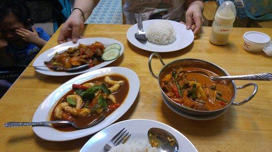 Zhu Yuan Vegetarian Restaurant: IMG-20170108-WA0004_large.jpg