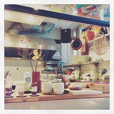 misc eatdrinksleep: The kitchen