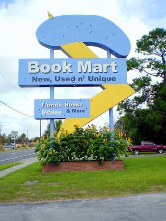 "Perry, FL: Housed in an old Florida ""Googie"" style motel, the Book Mart utilizes the old motel sign, sans n"