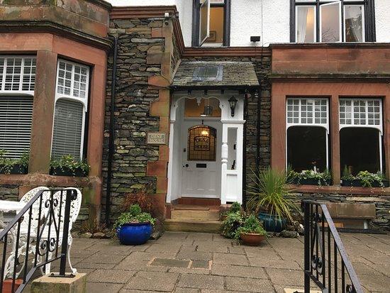 Dene House: photo0.jpg