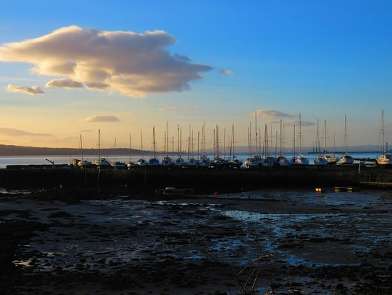The Harbours of Limekilns