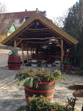 Badacsonytomaj, Hungary: Karácsonyi díszben