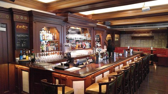 The Bar at Jimmys Kitchen - Picture of