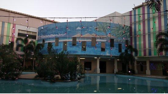 Chengalpattu, India: Main Building