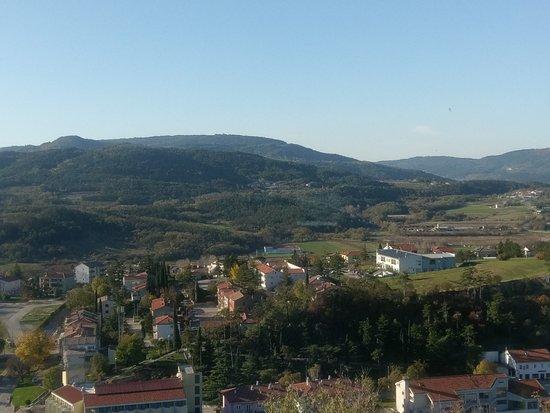 Buzet, Chorwacja: Blick vom Restaurant