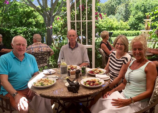 Claremont, South Africa: Lunch on the terrace