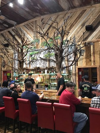 "Green Cove Springs, Flórida: Rustic bar with ""trees"""