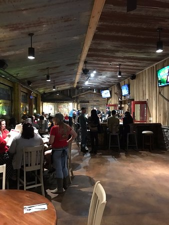 "Green Cove Springs, FL: ""Outdoor"" dining/bar"