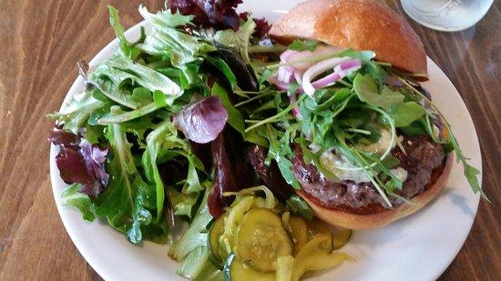 Marin Sun Farms: Beef burger.
