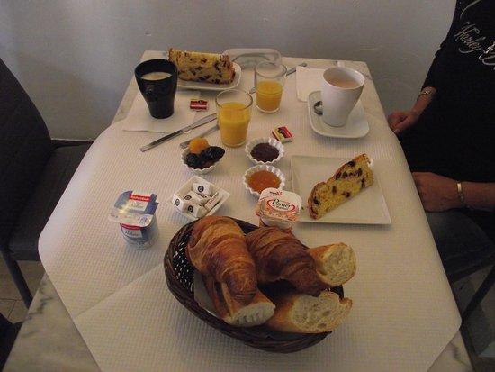 Lou Marques : Petit-déjeuner