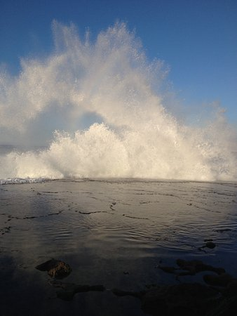 Splashing waves on the shore