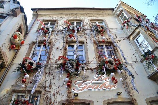christmas market sus originales fachadas decoradas