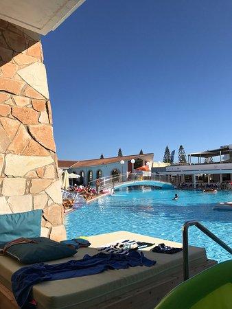 Atlantica Aeneas Hotel: photo0.jpg