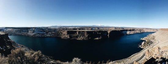 Madras, OR: Lake Billy Chinook