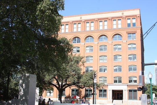 The Sixth Floor Museum/Texas School Book Depository Photo