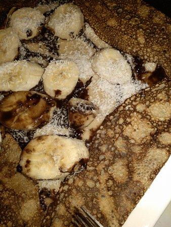 Carpentras, France : une excellente crêpe à la banane-chocolat-noix de coco