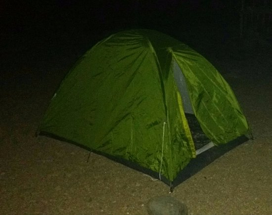 Meghalaya, الهند: Night stay in tent on the bank of river is available with homely food
