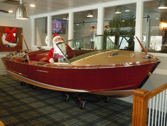 Hawley, PA: Santa's got a boat at the Dock!