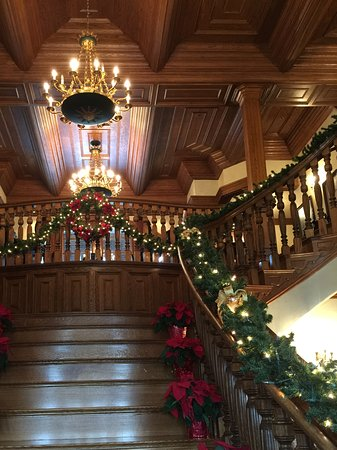 Kenwood, CA: The main staircase in holiday dress