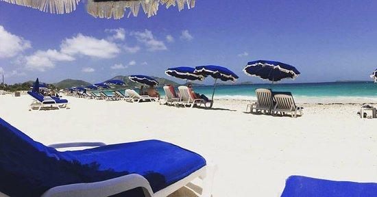 Marigot, Dominica: Während unserer Tour 1 halten wir 2 Stunden am Orient Beach