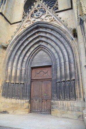 Rouffach, Frankreich: Das Portal