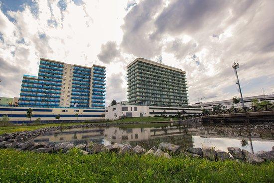 NANA Apartments