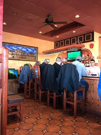 Mi Pueblo Mexican Restaurant: photo1.jpg