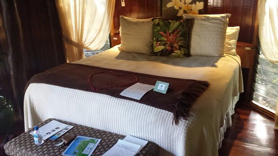 Namale the Fiji Islands Resort & Spa: The bed in the room