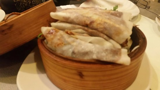 Pato laqueado estilo pekines picture of restaurante made - Restaurante pato laqueado ...