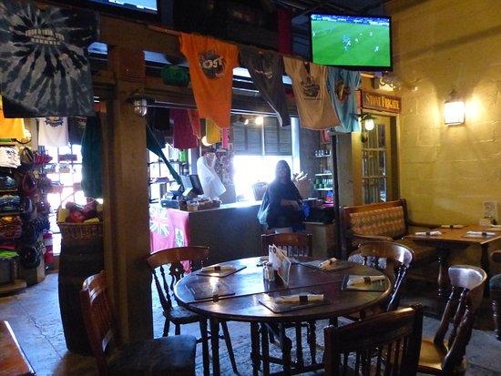 Приход Сэндис, Бермуды: Frog and Onion Pub